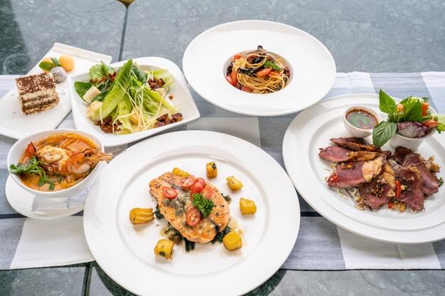 มื้ออาหารไทยฟิวชั่น 5 คอร์สจัดเต็ม กับบรรยากาศติมริมแม่น้ำสุดชิล