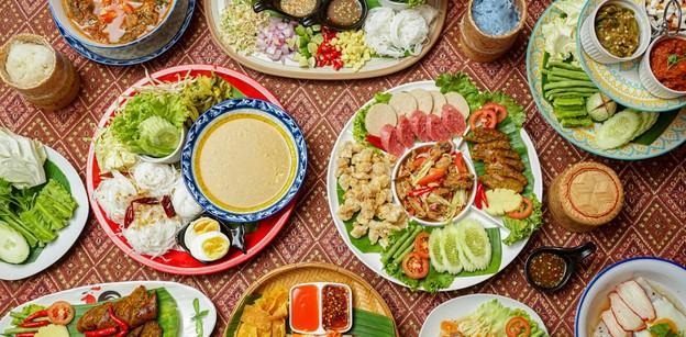 """""""ครัวชฎาแก้ว"""" หัวหิน ดื่มด่ำรสชาติอาหารไทย ตั้งแต่ภาคเหนือจรดภาคใต้!"""