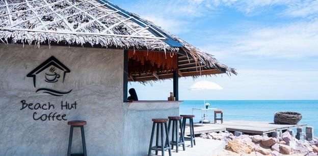 [รีวิว] Beach Hut Coffee คาเฟ่ริมทะเลปัตตานี ที่พัก และอาหารครบครัน