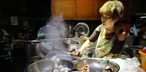 [รีวิว] เจ๊เฮียงลูกชิ้นปลา ร้านก๋วยเตี๋ยวตำนานสูตรจีนทำมือทุกขั้นตอน