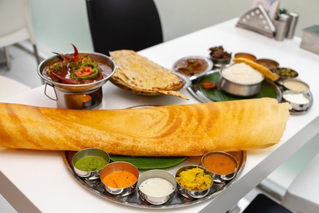 """[รีวิว] """"Paper Dosa"""" ร้านอาหารอินเดียกับเครปยักษ์ที่ใหญ่กว่าหน้า!"""