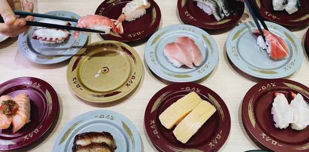 SUSHIRO ร้านซูชิสายพานอันดับ 1 จากญี่ปุ่น ราคาเริ่มต้น 40 บาท