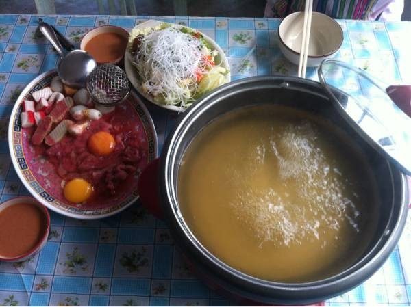 รสชาติน้ำซุปอร่อยมากๆ. เข้มข้นจนหยดสุดท้าย. ราคากะไม่แพง มีให้เลือกหลากหลาย.