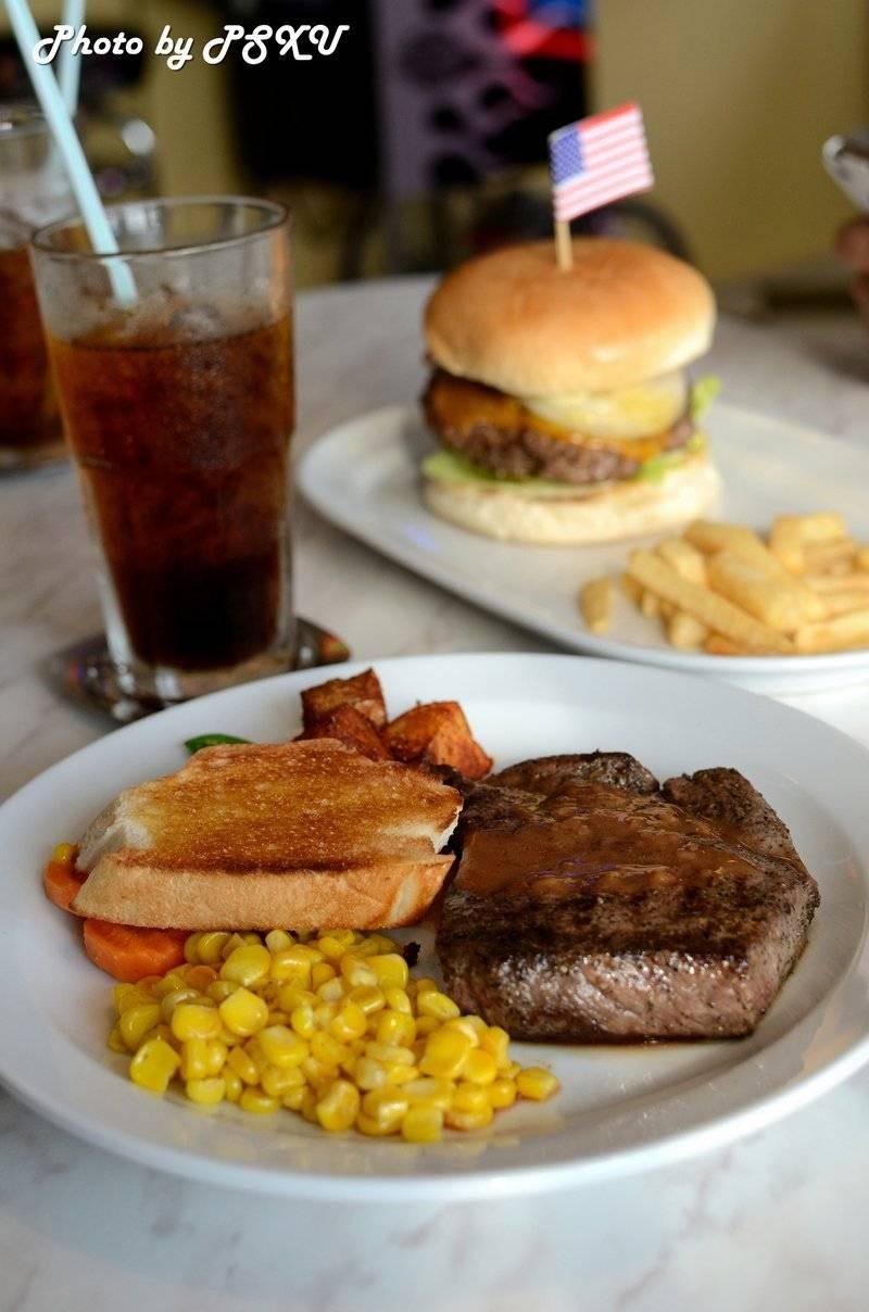 Beef Steak(220g) 250 บาท