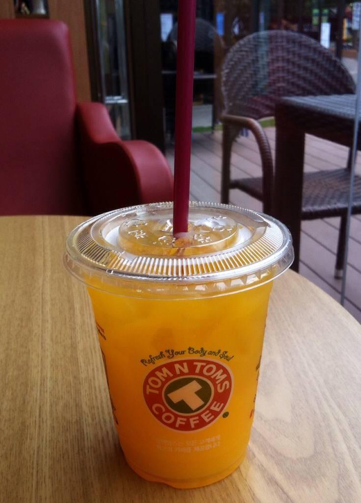 น้ำส้มในชุดอาหารเช้า