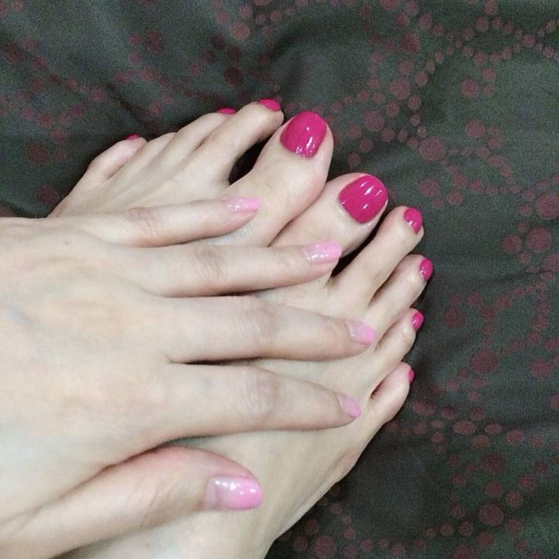 มือสีเจล เท้าสีธรรมดา