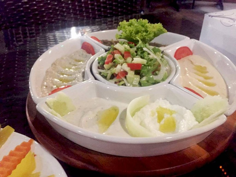 hammus platter