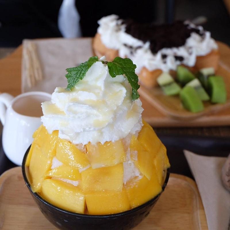 Mango Bingsu