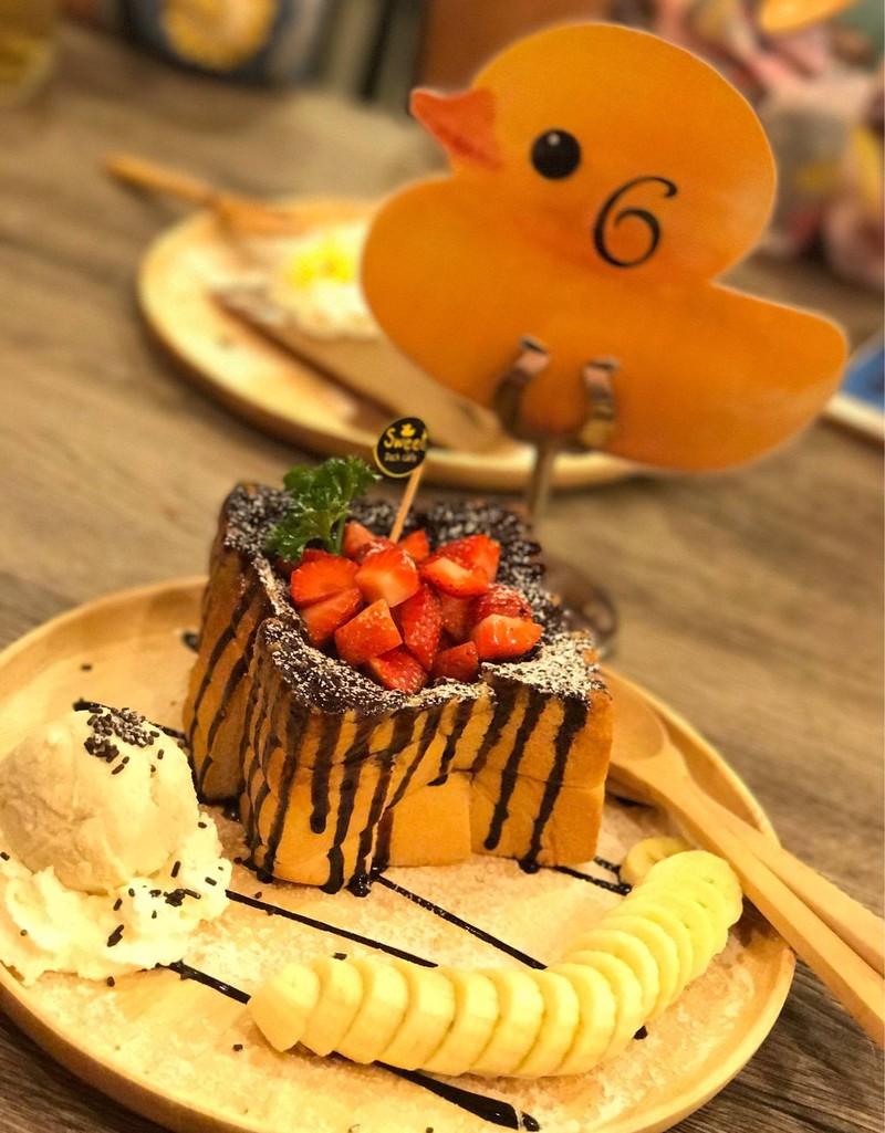 Strawberry Honey Toast##1