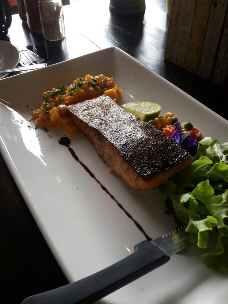 Salmon Steak With Mango Salsa