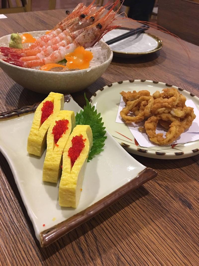 ซาซิมิ ปลาหมึกทอ ไข่หวาน