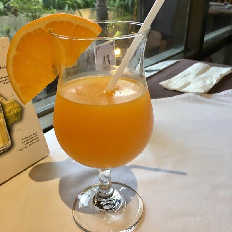 น้ำส้มคั้น สดๆเย็นๆอร่อยๆ
