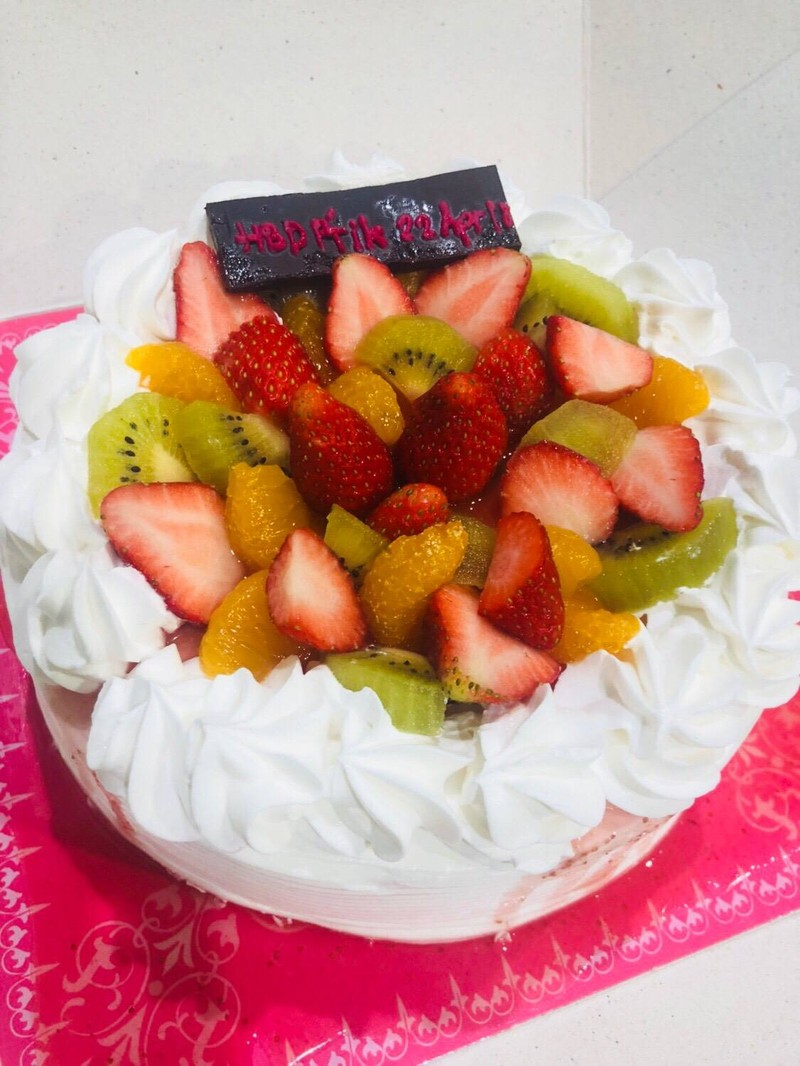 เค้กผลไม้ครีมสด