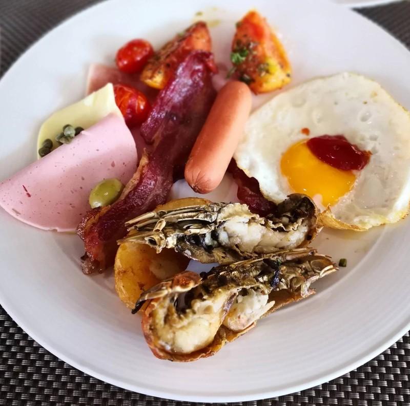 มื้อเช้ามีกั๊งด้วย