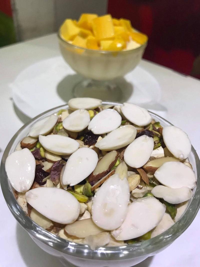 Cream Dried Fruit