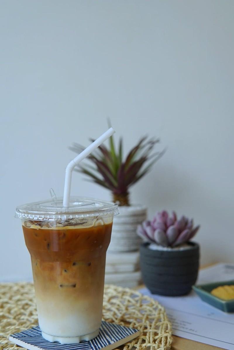 ลาเต้เย็น 50 บาท iced latte 50 baht