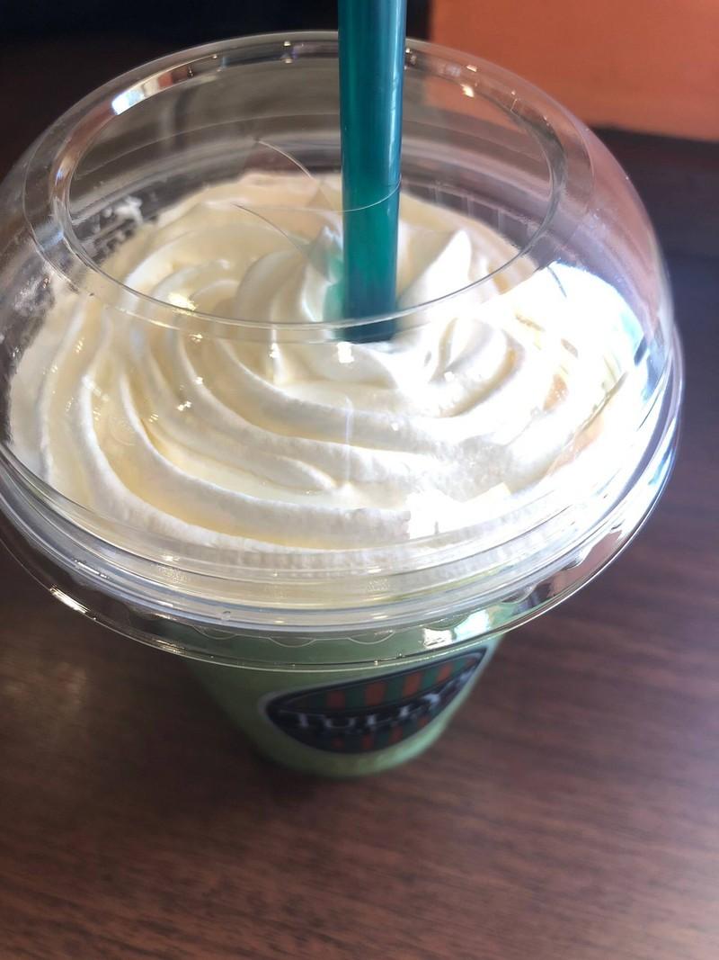 ชาเขียวปั่นใส่วิป จิ้มๆ เมนูเอา