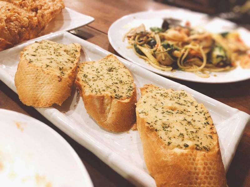 ขนมปังกระเทียม##1