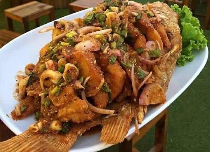ปลาทับทิมทอดลาบ
