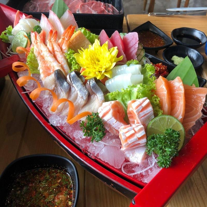 Poseidon Sashimi Set