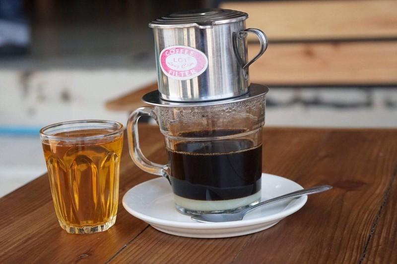 ต้องมาลองนะคะคอกาแฟ จะมีรสชาติที่ต่างจากกาแฟบ้านเรา แต่ก็เข้มข้น