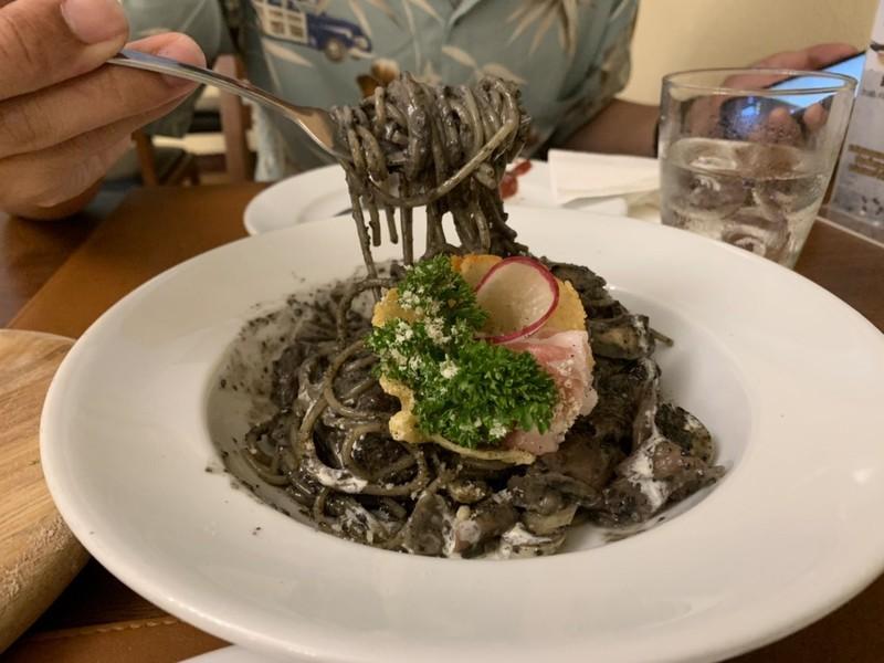 Black truffle pasta