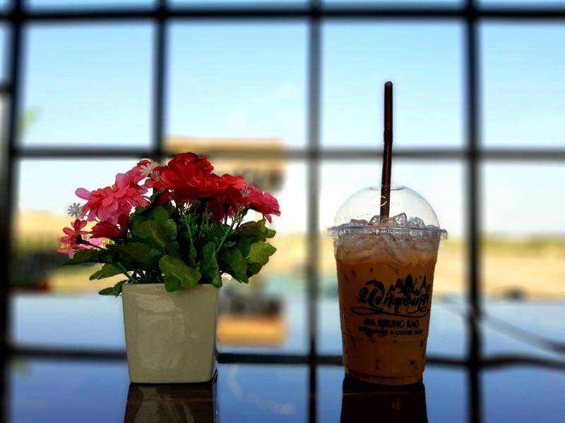 กาแฟเอสเพลสโซ่เย็น