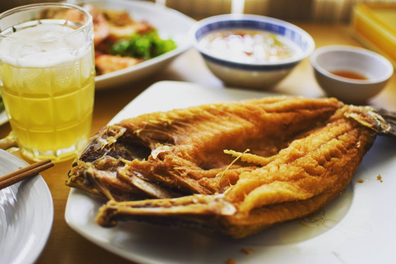 ปลาสด เนื้อนุ่ม ทอดได้กรอบมาก กรอบนอกนุ่มใน น้ำจิ้มรสเด็ด กินกับปลาอร่อยสุดๆ