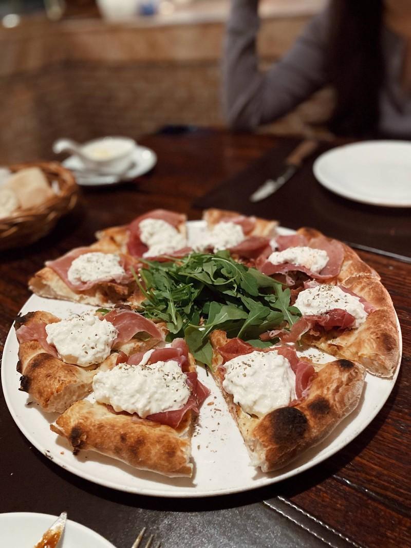 Pizza Panna Parma Ham