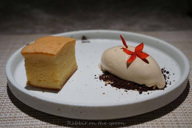 สปันเค้กไม่ใส่แป้ง ใช้เศษเนื้อปลาเก๋าแทน ไอศหรีม Japanese Royal Milk tea มี Engl