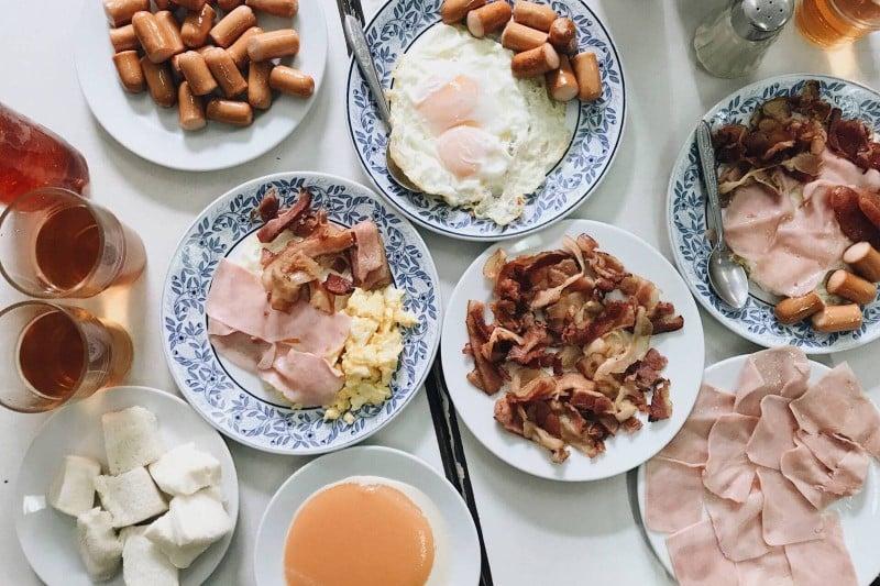 มื้อเช้าเริ่มวันใหม่