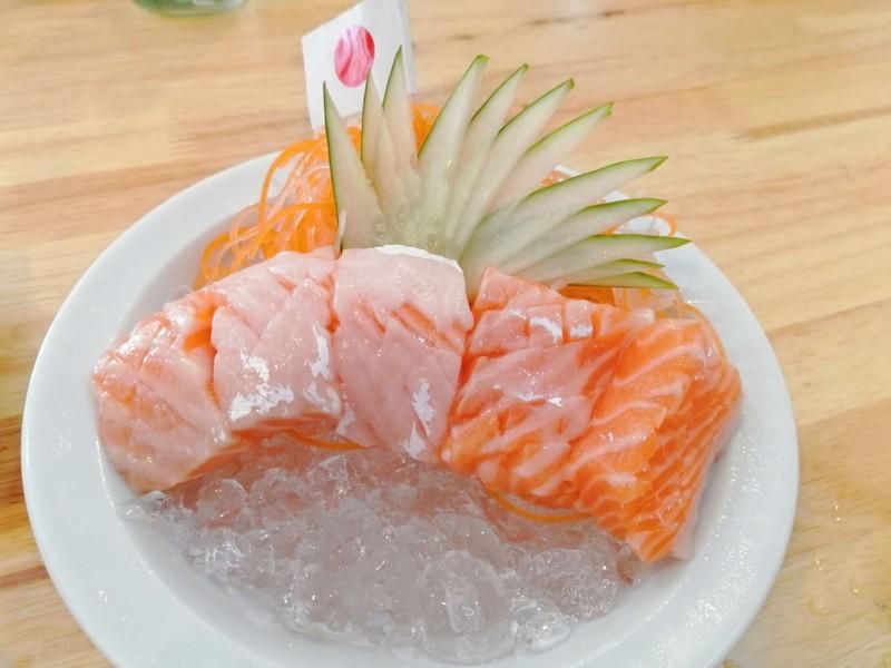 ท้องปลาแซลมอนซาชิมิ