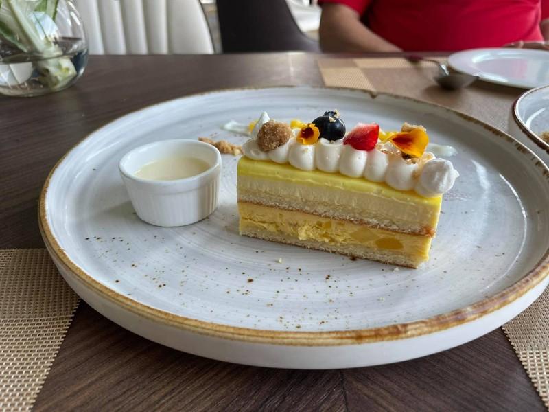 ชีสเค้กผลไม้กับมะม่วง