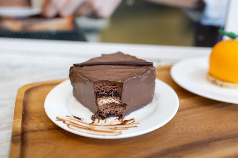 Royal Chocolate Cakes