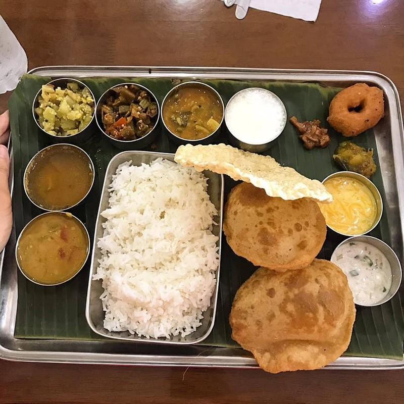 South Indian Thali ร้านโปรดของฉัน
