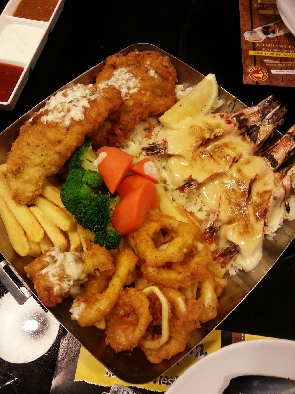 The Manhattan Fish Market เทอมินอล 21