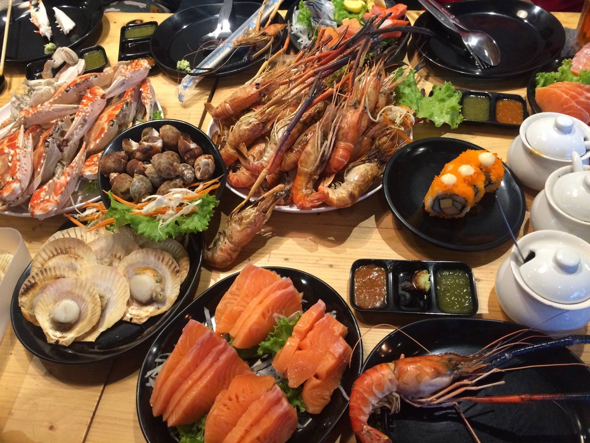 Hip's House Sushi & Seafood Grill Buffet