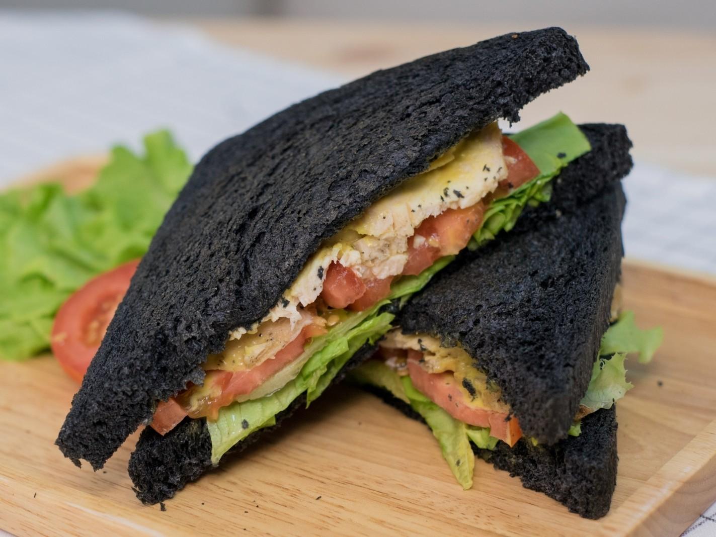 แซนด์วิชอกไก่ซอสฮันนี่มัสตาร์ด