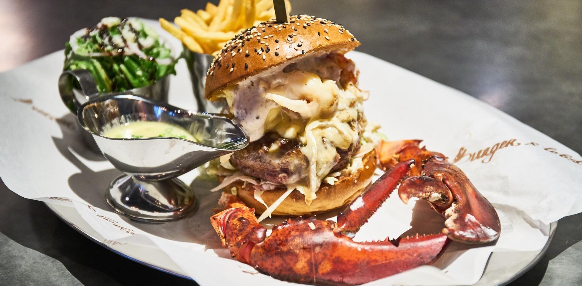 """เปิดตัวแล้ว! """"Burger & Lobster"""" สาขาแรกในประเทศไทย ที่ Gaysorn Village"""