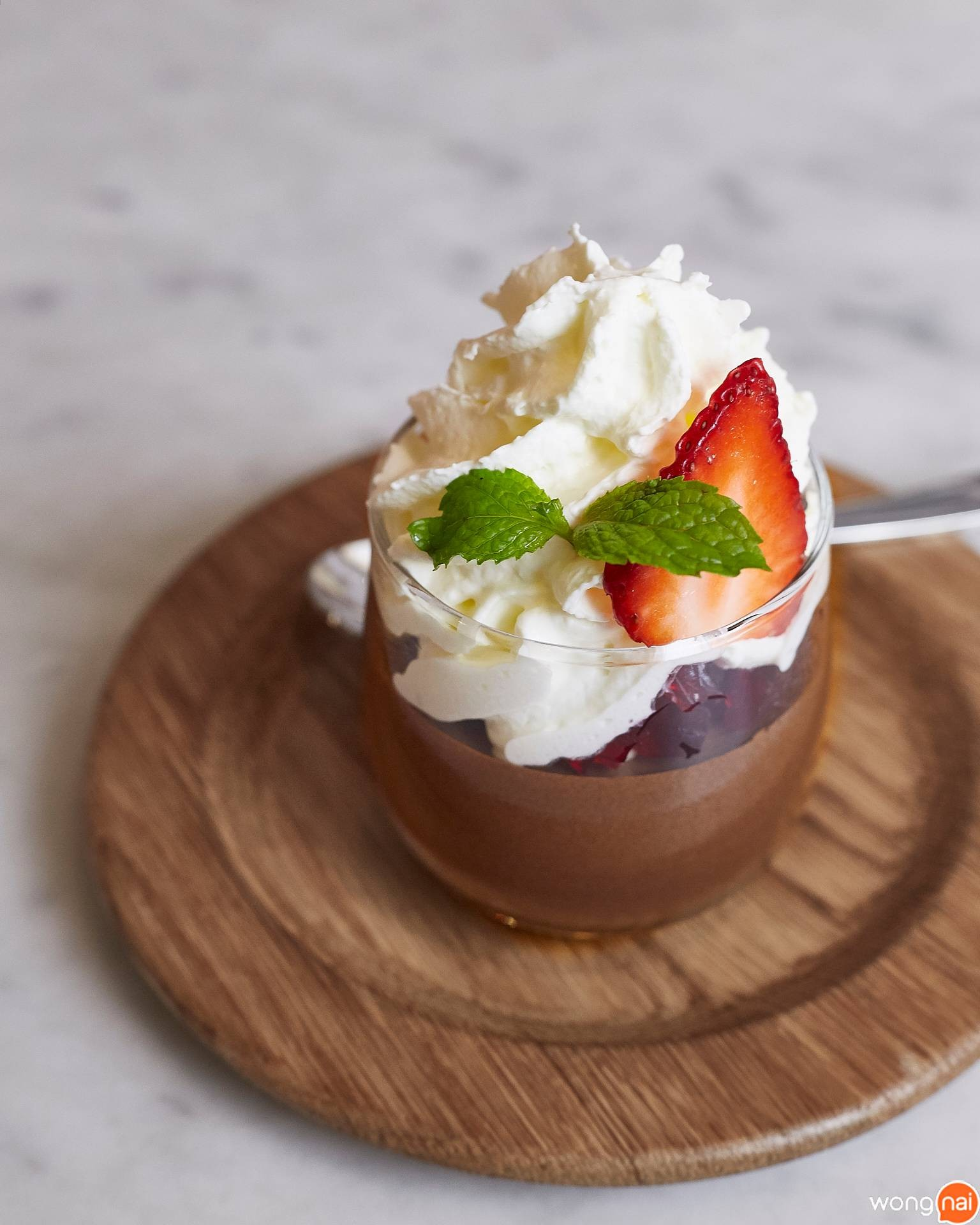 Chocolate Mousse ของร้าน On the Table, Tokyo Cafe