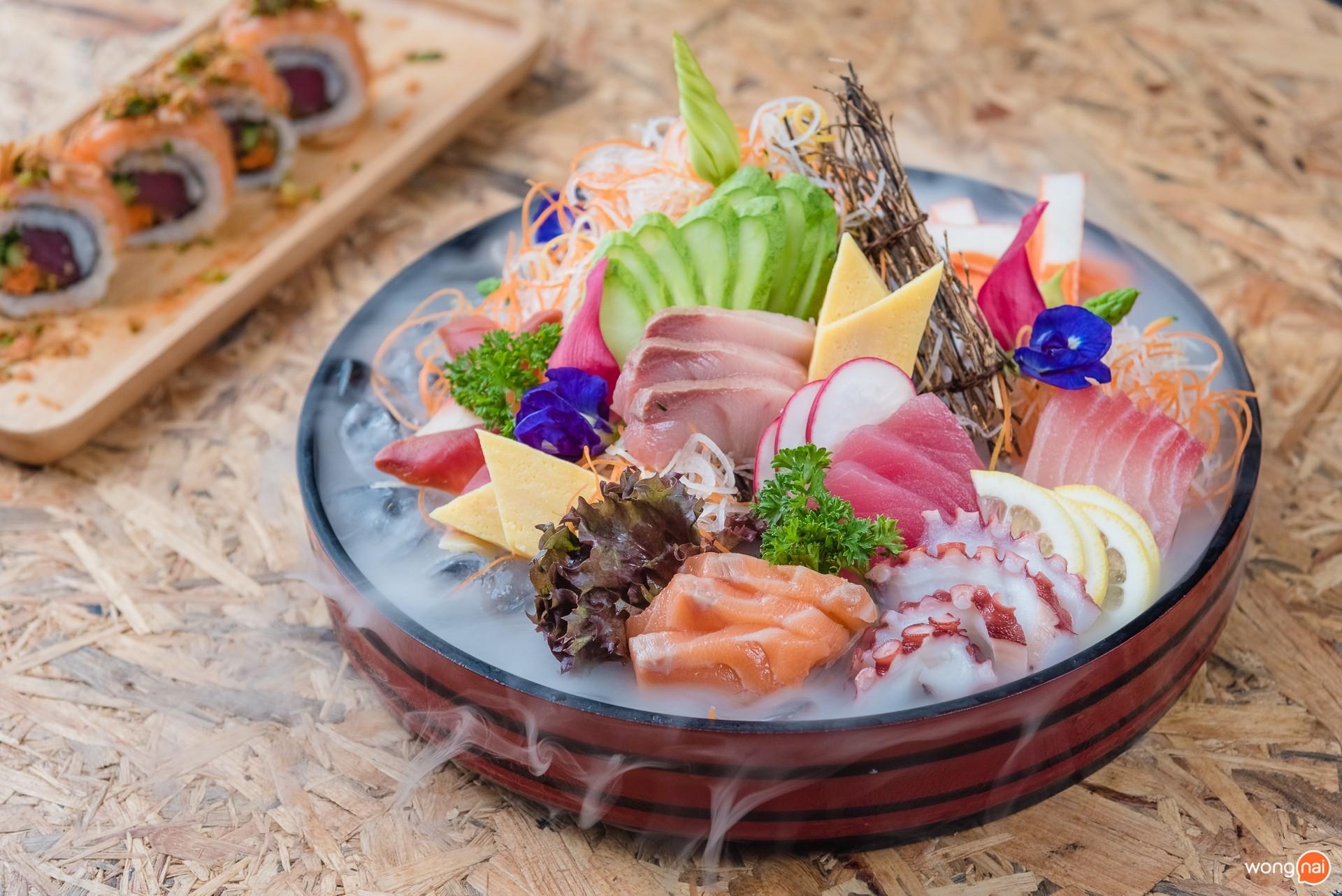 """เมนู """"Masaaki Assorted Sashimi""""  ของร้าน """"Masaaki Sushi"""" ภูเก็ต"""