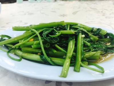 ราชาข้าวต้ม ผักบุ้งลอยฟ้า (Racha Keao Tom, Flying Vegetable Restaurant)
