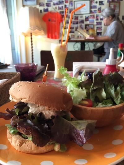 Bonita cafe and social Club