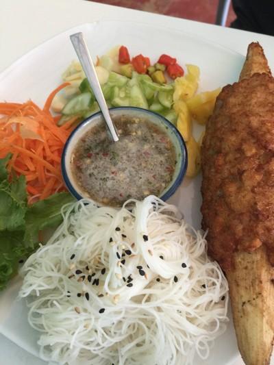 ผักเขียว อาหารเวียดนาม (phak khiao vietnamese)