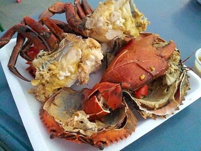 ตลาดนัดอาหารทะเล ท่าเรือพลี (Seafood Market Bang Phli)