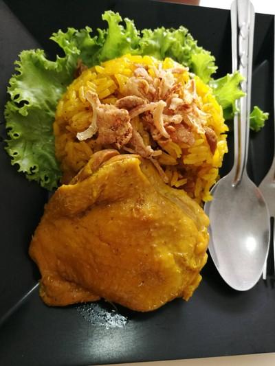 โต๋เต๋ หมกเสม็ด (โต๋เต๋ ข้าวหมกไก่) เมืองทองธานี