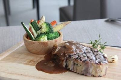 Brick Bistro Restaurant and Bar (บริค บิสโตร) เอเชียทีค เดอะ ริเวอร์ ฟร้อนท์
