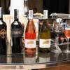 รูปร้าน La Tavola & Wine Bar โรงแรม เรอเนสซองซ์ กรุงเทพ ราชประสงค์