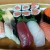 Sushi Set คำใหญ่ เนื้อแน่นๆ หมดนี่เพียง 300 Baht/set